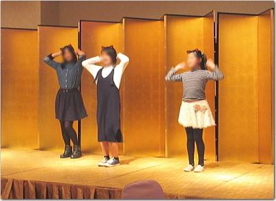 TWICEの「LIKEY」ダンス☆さくらんぼ&あかねちん&くるみーの猫耳3人娘!超可愛い〜♪