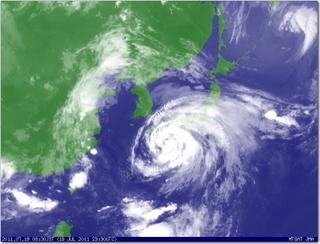 台風で大荒れの福岡でした!!